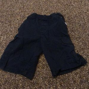 The children's place boys navy blue cargo shorts